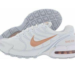 NIB Nike women airmax torch4